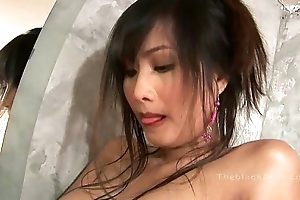 Alexa Kee masturbating less be passed on bath