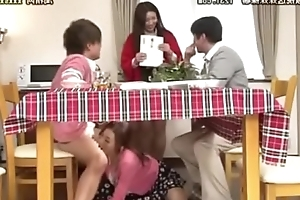 son and mom under table Full Link: http://gestyy.com/wSEwX9