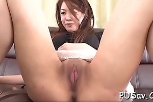 Horny japanese loves sucking schlong